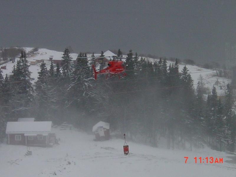 helikopter-med-basker